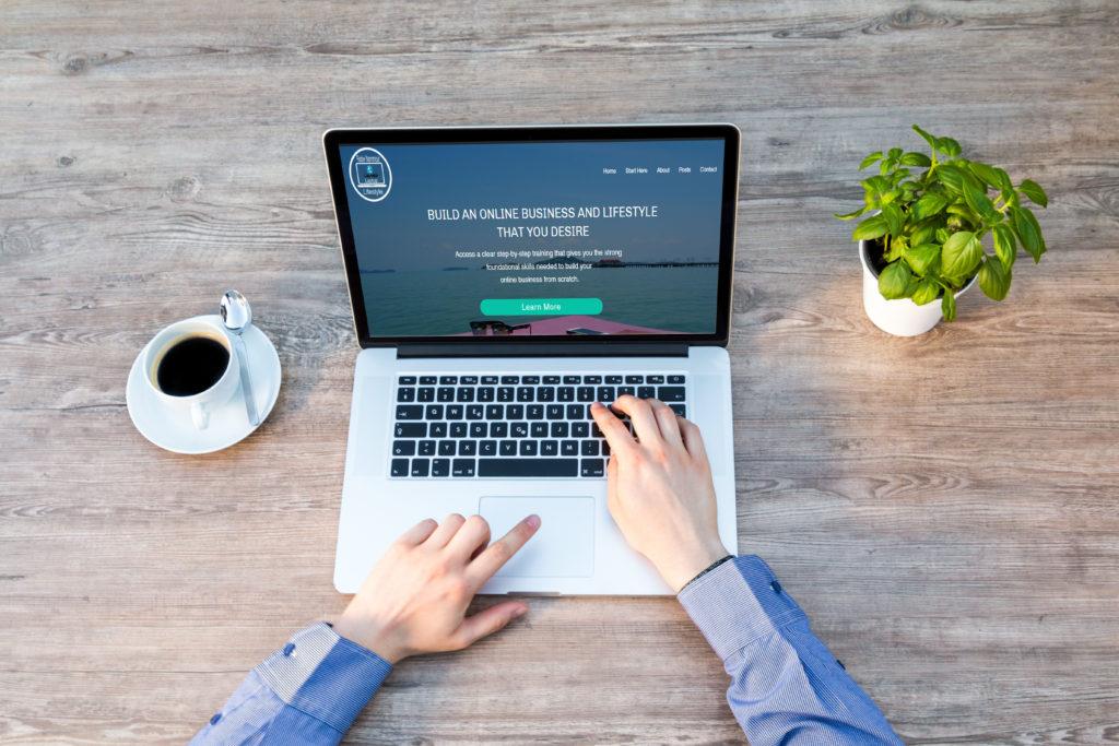 Laptop Lifestyle Business